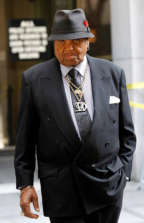 Joe Jackson kuvattuna vuonna 2011.