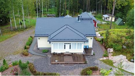 Jari Aarniolta takavarikoitu talo sijaitsee rauhaisassa paikassa Porvoossa.