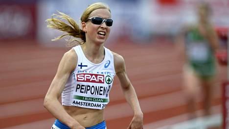 Johanna Peiposen ennätys 10 000 metrillä on 31.42,9. Sen hän juoksi toukokuussa 2016.