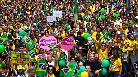 Bolsonaron kannattajat jalkautuivat Sao Paulon kaduille viime keskiviikkona.