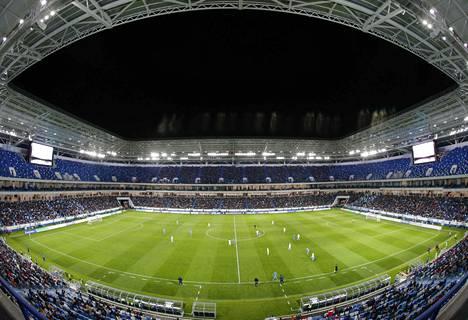 Stadionia testattiin paikallisen Baltikan ja Krylja Sovetov Samaran välisessä ottelussa huhtikuussa 2018.