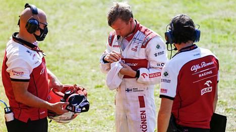 Kimi Räikkönen yltää viikonloppuna Rubens Barrichellon ennätykseen F1-osakilpailujen määrässä.