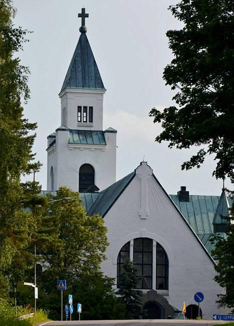 Nykänen avioitui lauantaina Joutsenon kirkossa.