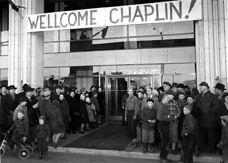 Teekkarien tempaus 1953 aprillipäivänä.