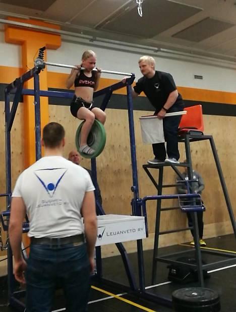 Hujanen teki MM-kisoissa uuden ennätyksensä.