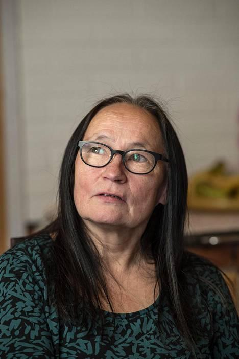 Aune Musta kasvoi Riutulan asuntolakoulun pihapiirissä.
