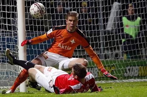 Tomi Maanoja pelasi viime kaudella HIFK:ssa.