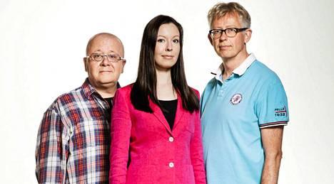 Mette Johanna Mannonen, MTV3-kanavan meteorologi (kesk.), Pekka Pouta (oik.), Juha Föhr (vas.).