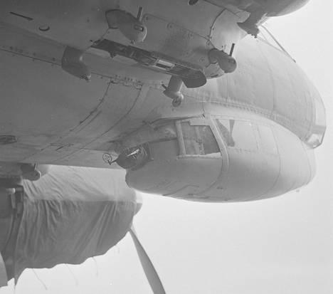 Junkers 88:n ala-ampumo sijaitsi gondolissa ohjaamon alapuolella.