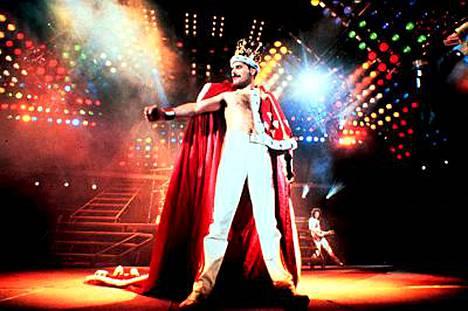 Lavalla Freddie Mercury elkeili kuin kuningas, mutta oli todellisuudessa hyvin ujo.