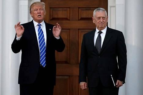 Tuleva presidentti Donald Trump on ylistänyt James Mattisia puheissaan.