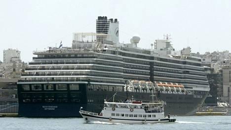 Risteilyalus Westerdamilla ei tällä hetkellä ole satamaa, jonne mennä. Arkistokuva.