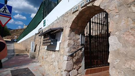 Asunto Los Pacosissa, joka on Espanjan Aurinkorannikolla sijaitsevan Fuengirolan kaupungin lähiö.