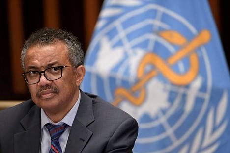 """WHO:n pääjohtaja Tedros Adhanom Ghebreyesus varoitti """"rokotenationalismin"""" voivan pitkittää pandemiasta toipumista."""