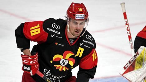 Sami Lepistö Jokerien paidassa lokakuussa 2019.