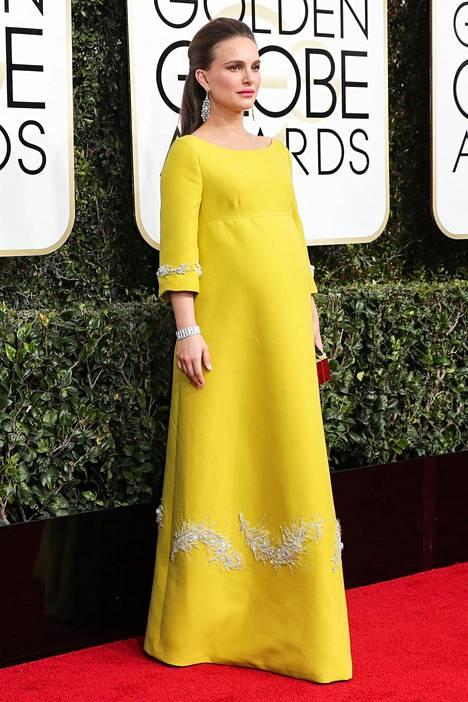 Golden Globe -gaalan aikoihin arveltiin, että Portman synnyttää muutamien viikkojen sisällä.