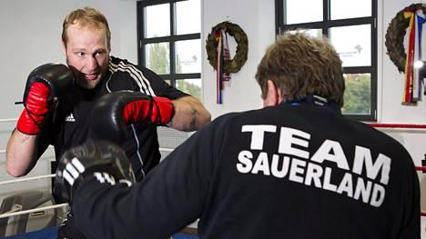Robert Helenius harjoitteli vielä neljä vuotta sitten Berliinissä Sauerlandin salilla.