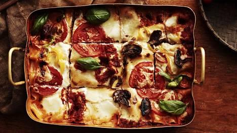 Rakastatko lasagnea? Näin siitä tehdään huikean hyvä kasvisversio!