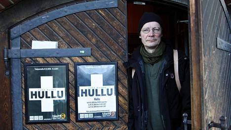 """Juha Hurme ei halua romantisoida sairastumistaan. """"Mutta kun näin kävi, katson, että tämä kirja ja näytelmä ovat melkein kansalaisvelvollisuus. Toivon, että ihmiset saavat ajattelemisen aihetta."""""""