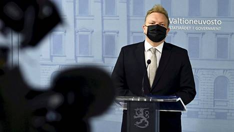 Keskustan eduskuntaryhmän puheenjohtajana toiminut Antti Kurvinen nimitettiin tänään kulttuuriministeriksi.