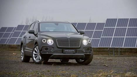 Bentley Bentayga saapui viimeinkin markkinoille myös hybridinä.