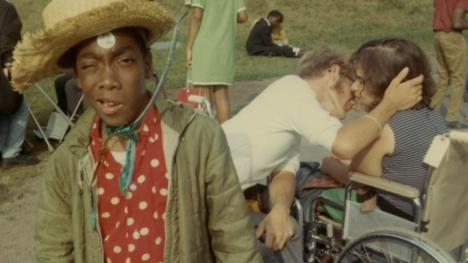 Barack ja Michelle Obaman tuottama Rämpyläleiri-dokumentti kertoo 1971 perustetusta vammaisten kesäleiristä, jonka osallistujat päätyivät myöhemmin muuttamaan Yhdysvaltoja.