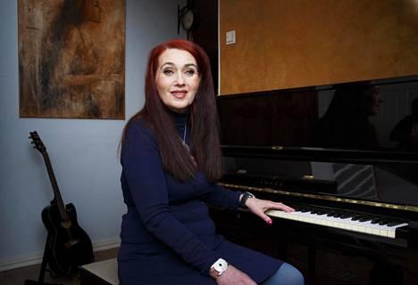 Jo pölyttymään päässyt piano on taas aktiivisessa käytössä.