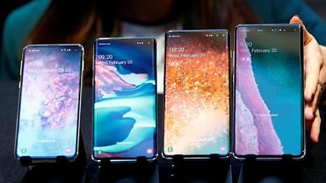 Suomen listoja dominoineeseen Samsungin Galaxy S10 -mallisarjaan kuuluvat budjettimalli S10e, S10, järeä S10+ sekä S10 5G. Viimeisin ei ole vielä myynnissä.