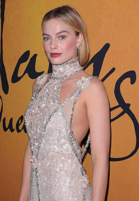 Margot Robbie Mary Queen of Scots -elokuvan ensi-illassa joulukuussa 2018.