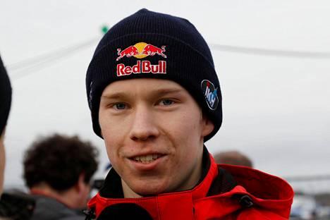 Rovanperä nousi kolmanneksi Ruotsin MM-rallin viimeisellä erikoiskokeella.