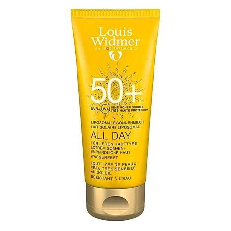 Louis Widmer AllDay 50+ aurinkosuojaemulsio on kehitetty kaikille ihotyypeille ja erittäin aurinkoherkälle iholle. Kevyt, vähärasvainen ja öljytön aurinkoemulsio levittyy helposti ja imeytyy nopeasti antaen iholle pehmeän ja joustavan tunteen. Vedenkestävä, hajusteeton ja parabeeniton. 26,50 € / 100 ml.