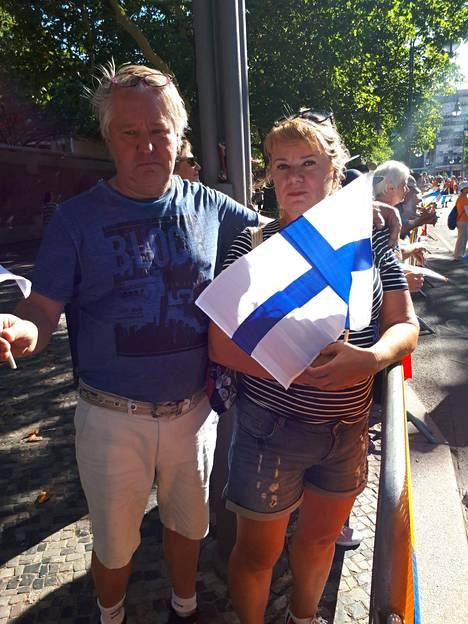 Kävelijä Aku Partasen vanhemmat Arja ja Kai Partanen jännittävät EM-kisoissa Berliinissä.