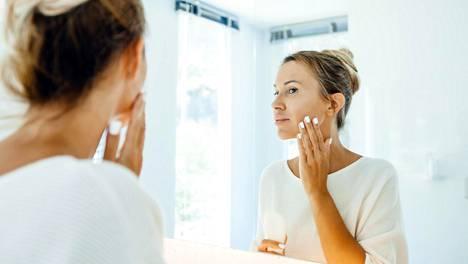 Mihin aikaan puhdistat kasvosi? Saattaa olla aika vaihtaa rytmiä.