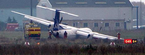 Dash 8-Q400 -tyypin kone joutui tekemään hätälaskun eilen Kööpenhaminan lentokentälle.