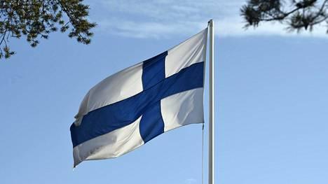 Liput nostetaan tänään salkoon ensimmäistä kertaa Tove Janssonin ja suomalaisen taiteen kunniaksi.