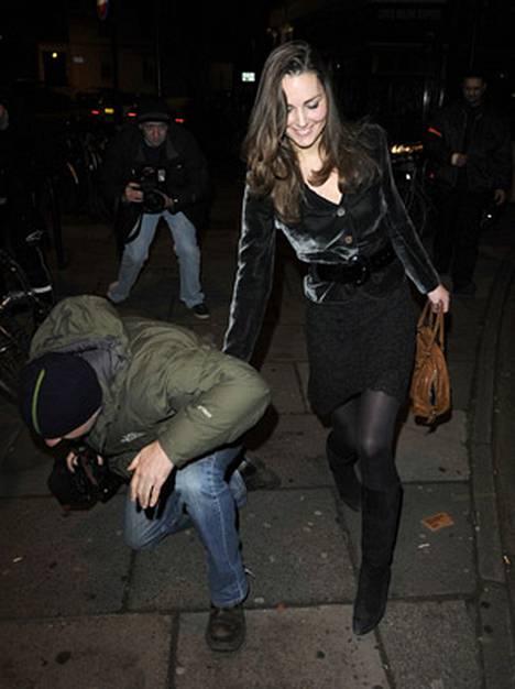 Kate Middletonin hymyä ei himmentänyt valokuvaajan teilaaminen.