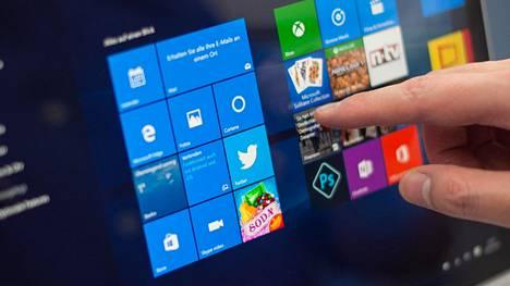 Microsoftin kirjakauppa oli osa Windows 10:ssäkin olevaa kauppaa.