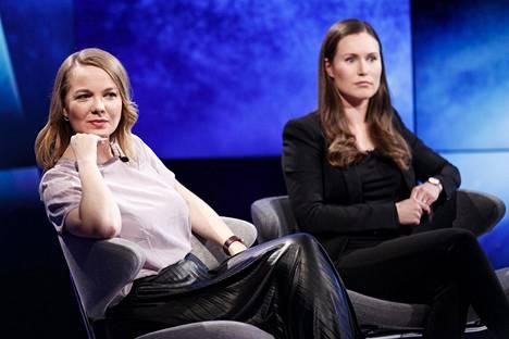 Katri Kulmunin ja Sanna Marinin hymyt olivat vähissä Ylen A-studiossa tiistai-iltana.
