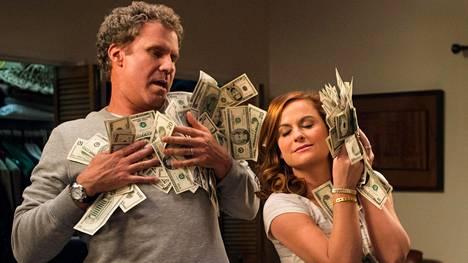 Will Ferrell ja Amy Poehler esittävät vanhempia, jotka tavoittelevat rikkauksia kotiinsa perustamalla kasinolla.