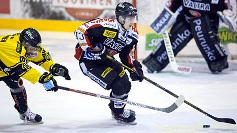 Urho Vaakanainen pelasi JYPissä päättyneellä SM-liigakaudella.
