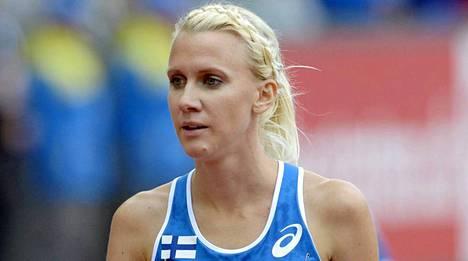 Sandra Eriksson tavoittelee EM-kultaa naisten 3000 metrin estejuoksun loppukilpailussa.