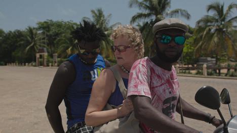 Missä tiet kohtaavat seuraa, miten ripulirokotetta testanneille suomalaisille vapaaehtoisille kävi Beninissä.