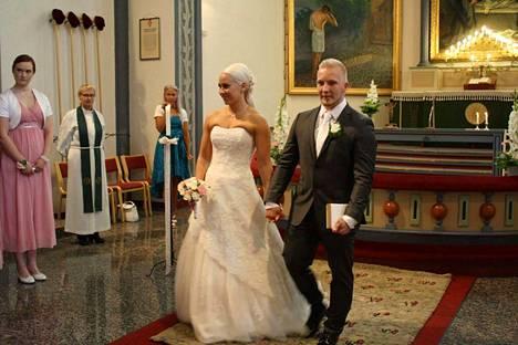 Anna-Maria ja Milko Tokola avioituivat syksyllä 2016.