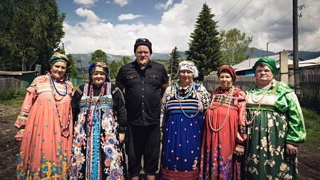 Ville Haapasalo Poperchrnoyan kylässä.
