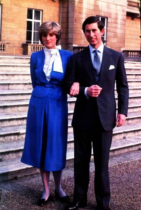 Diana ja Charles kihlautuivat ja avioituivat vuonna 1981.
