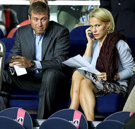 Roman ja Irina Abramovichin tyttären kelpasi juhlia.