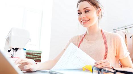 Työterveyslaitoksen tutkimuksen mukaan kaksi kolmesta työntekijästä tuntee työn imua – tarmokkuutta, uppoutumista ja omistautumista – kerran viikossa.