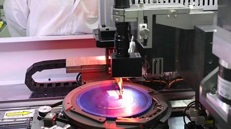 Sirujen valmistusta Nantongissa Kiinassa.