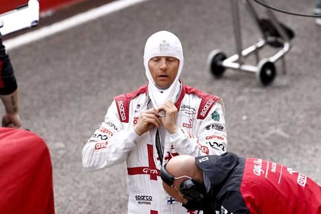 Kimi Räikkönen oletti jo ajaneensa MM-pisteille, kisan tuomaristo oli toista mieltä.