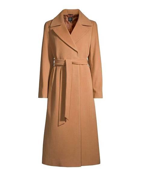 Flare Collectionin takissa on 60 % villaa, 20 % kashmiria ja 20 % polyamidia, 167 € (ovh 295 €), Stockmann.